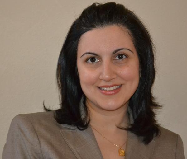 Sahar Grovas, J.D., Online Paralegal Program Instructor